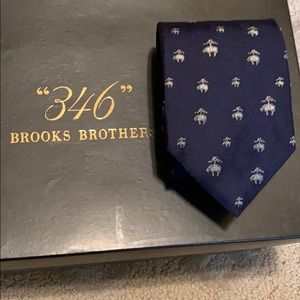 New W/O Tags (Gift) BROOKS BROTHERS TIE, Classy!!!
